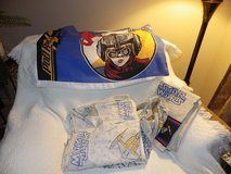 Star War twin sheets, pillowcase and bed ruffle in Glendale Heights, Illinois