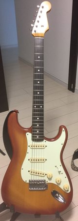 Cherry Burst 2004 Fender 62 RI with Texas Special Pickups in Okinawa, Japan