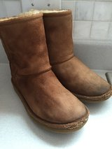 Big Kids Real Uggs size 3, gently worn in Lockport, Illinois