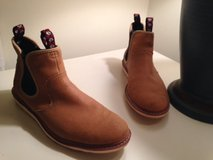 Like NEW Pull-On Dress Boots Men's 7.5 in Camp Lejeune, North Carolina