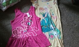 Kids shirt Large and night gown 9/10 in Travis AFB, California