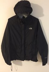 Brand new The Northface Windbreaker in Phoenix, Arizona