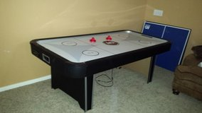 MD Sports 8 foot electronic score keeping air hockey table in Kingwood, Texas