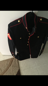 Dress blues coat size 38 R in Camp Pendleton, California