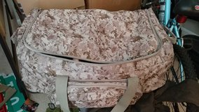 Xxl usmc print duffle bag with wheels in Beaufort, South Carolina