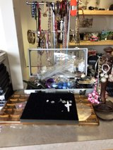 Jewelry -- Rings, Necklaces, Bracelets ,Watches and Earrings in Leesville, Louisiana