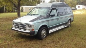 1988 DODGE RAM VAN V6 1500 in Fort Rucker, Alabama