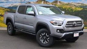 2017 Toyota Tacoma TRD OFF ROAD in Vicenza, Italy