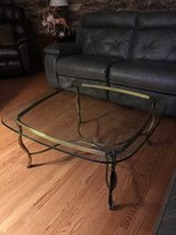 Coffee Table in Glendale Heights, Illinois