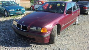 BMW 318i Touring Station wagon with new inspection and FREE DELIVERY in Hohenfels, Germany