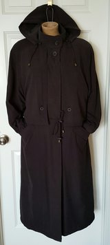 black trench coat w/hood size 8 in Morris, Illinois