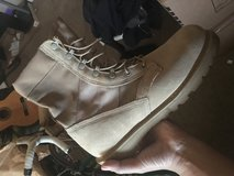 New Hot Weather Army Boots - Size 10.5R in Davis-Monthan AFB, Arizona