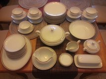 Dinnerware set / St Regis / Fine china dishes/ plates in Alamogordo, New Mexico