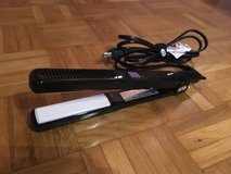 Hair Styling and Straightening Flat Iron - 120V in Ramstein, Germany