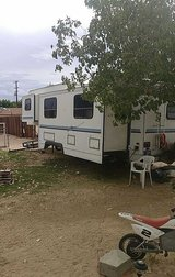 Clean artic fox 5th wheel for sale or trade. in Barstow, California