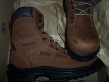 REDWING non-metallic(fiberglass) toe lace up work boots in Vacaville, California