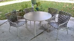 Brown Jordan patio table, 4 chairs & lounge in San Diego, California