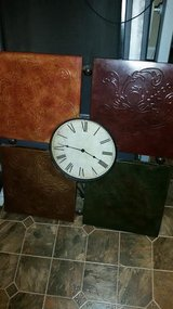 Pier 1 Imports Large Deco Metal Wall Clock in Fort Campbell, Kentucky