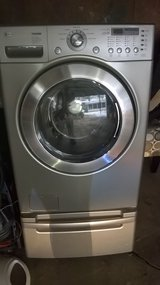 PARTS/LG washer / pedestal in Oswego, Illinois