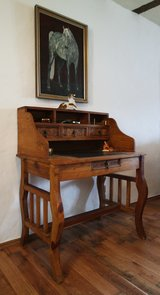 beautiful solid wood desk with chair in Ramstein, Germany