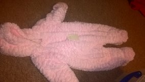 snowsuit £6 new age 3-6 months in Lakenheath, UK