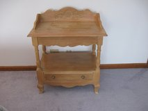 Cottage Nightstand/ End Table in Bolingbrook, Illinois