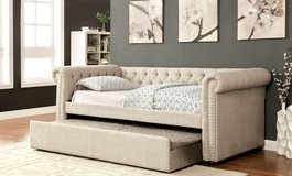 DAY BED W TRUNDLE FREE DELIVERY in Huntington Beach, California
