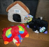 NEW Happy Napper Puppy Dog House / Pillow Pets Pee-Wees / Parrot Pet / Black Kitty Pet in Kingwood, Texas