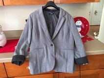 Large Gray Blazer in Sugar Grove, Illinois