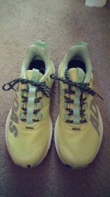 New Adidas Women Running Shoes Size 7 in Fort Campbell, Kentucky