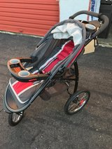 Graco Fast Action Jogging Stroller in Fairfield, California