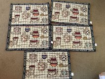 6 placemats and table runner in Camp Lejeune, North Carolina