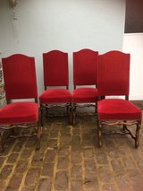 4 solid velvet chairs perfect condition in Ramstein, Germany