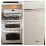 * Maytag gas oven stove and Amana dishwasher in Joliet, Illinois
