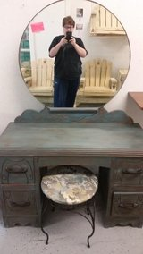 Vintage Vanity and stool in Cleveland, Texas