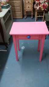 End Table in Cleveland, Texas