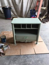 End Table Dresser in Cleveland, Texas