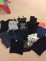 Maternity clothes bundle in Glendale Heights, Illinois