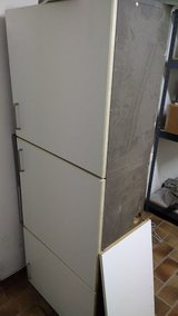 Kitchen Counter, Cabinets, Hood, you .pick up in Ramstein, Germany