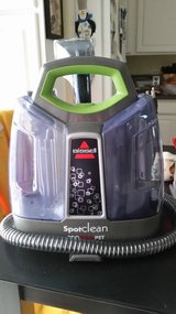 Bissell Spotclean Pro Heat Pet in Batavia, Illinois