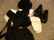 Black tie outfit in Glendale Heights, Illinois