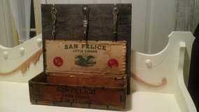 Antique Upcycled Barnwood & Wooden Cigar Box Converted Into Keys/Cell Phone Holder Rack in Batavia, Illinois