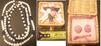 *REDUCED* Necklaces and Earings in Fort Campbell, Kentucky