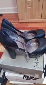 Guess Mary Jane Heels SIZE 10 in Hinesville, Georgia