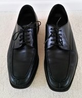 NEIL M DRESS SHOES - MEN'S SIZE 9.5 EEE in Elgin, Illinois