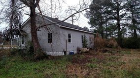 Free 3 bed, 1 bath house in Camp Lejeune, North Carolina