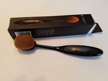 Makeup Brushes Brand New Never Used in Bartlett, Illinois
