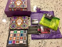 Urban Decay Alice Through the Looking Glass Palette NEW in Naperville, Illinois
