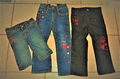 4T GIRLS JEANS AND CAPRIS in Beaufort, South Carolina