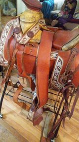 roping saddle with stand in Pasadena, Texas